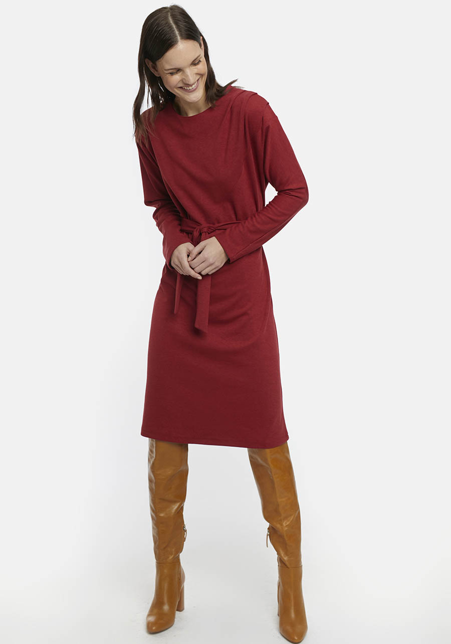 Red Shift Dress With Bow Belt Compania Fantastica