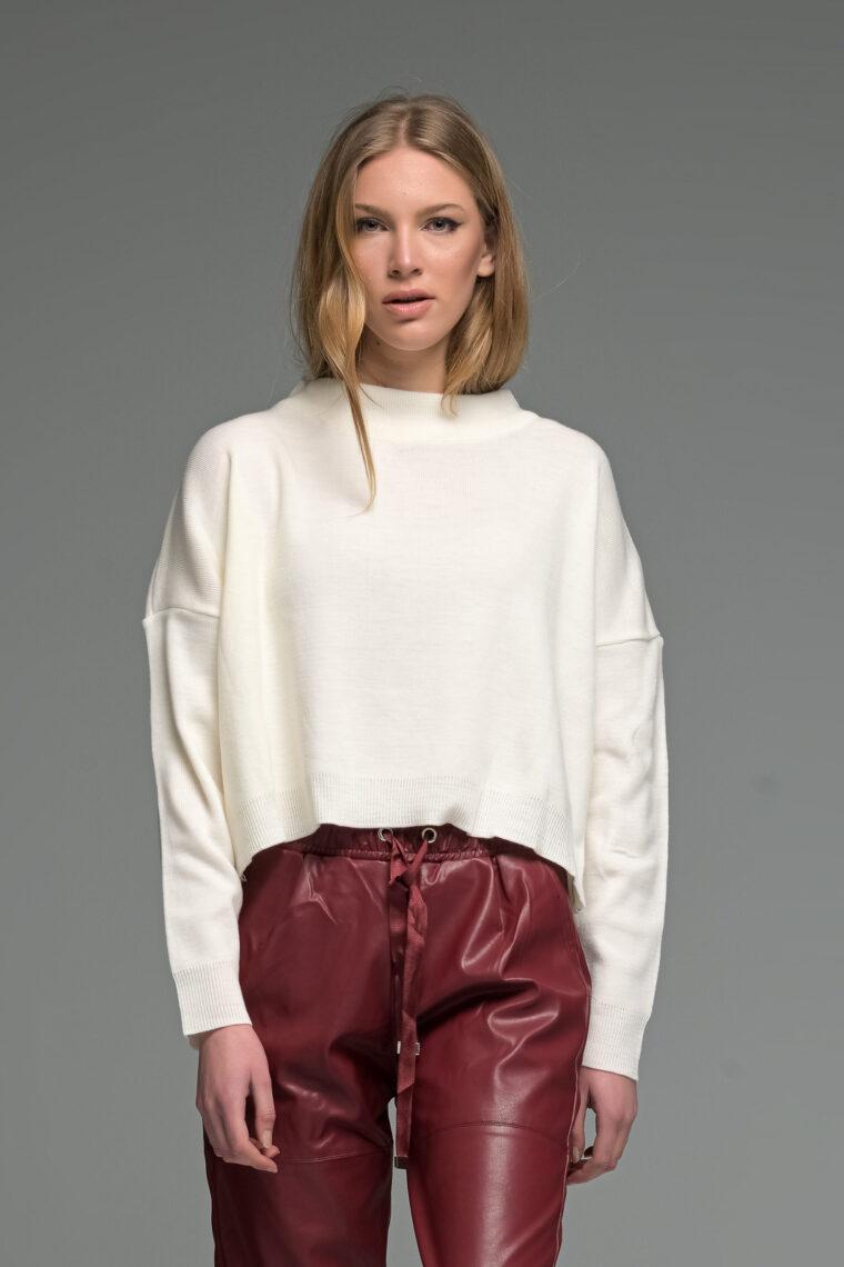 White Round Neck Knit Sweater