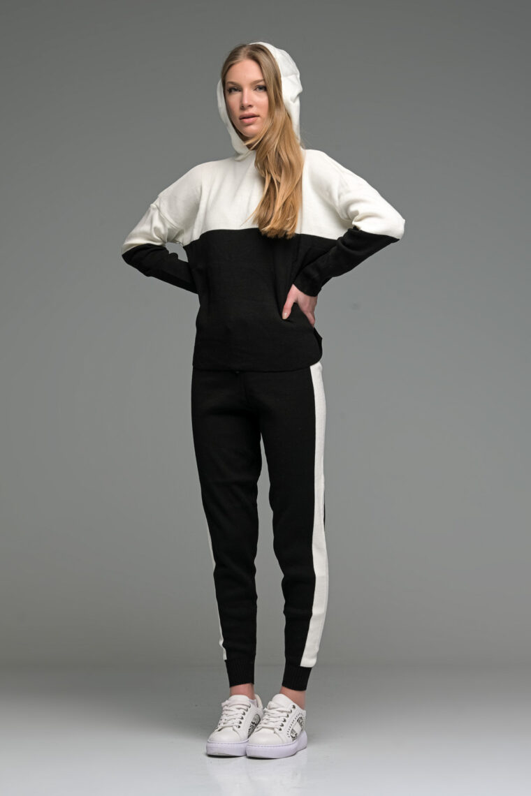 White And Black Knit Joggers Set