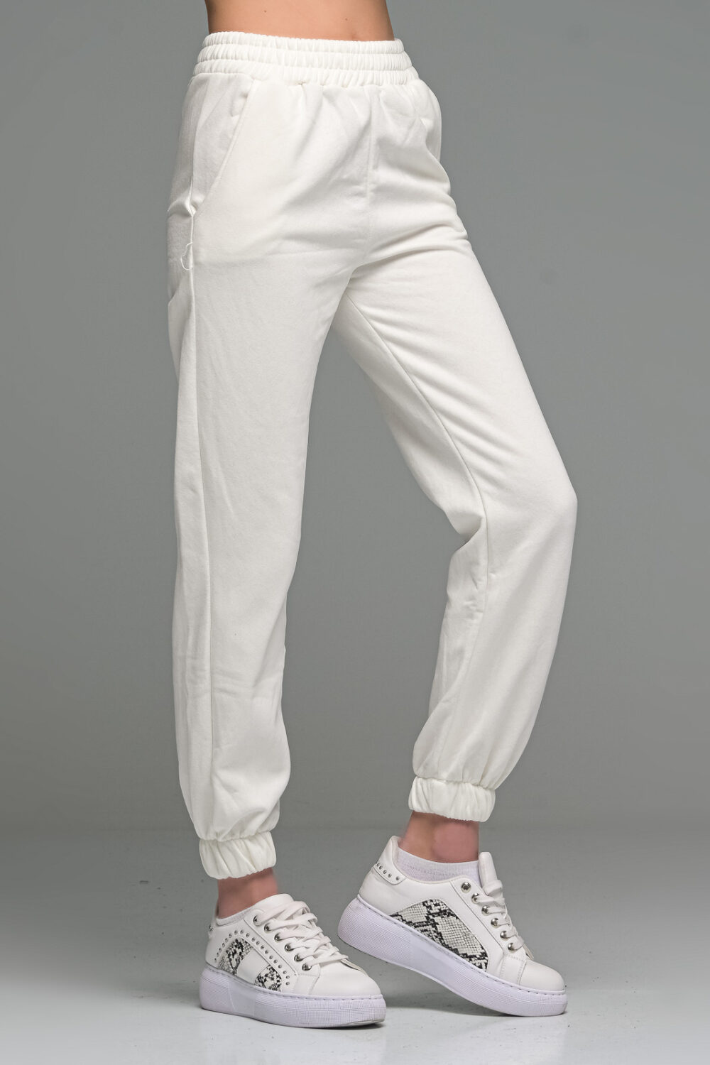 White Cropped Joggers Set